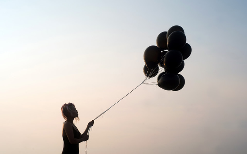 10 Tips for Letting Go and Moving Forward